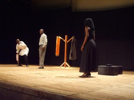 Théâtre (L'Ours et les Fleurs du Mal